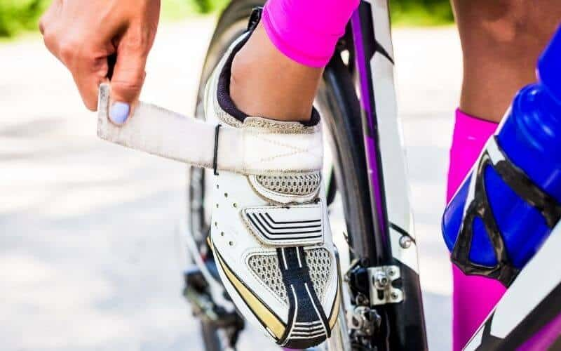 Female cycling shoes